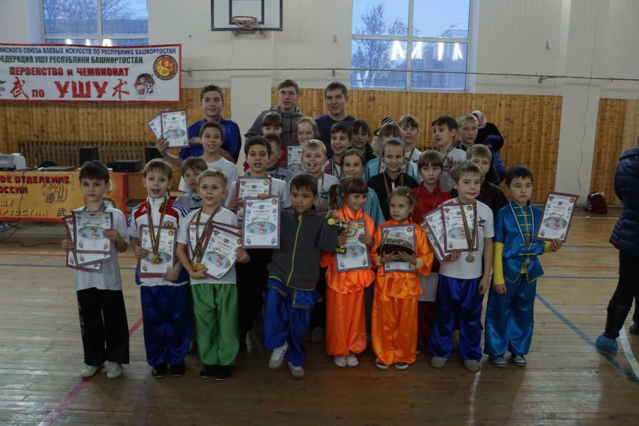 http://sbirb.combatsd.ru/images/upload/Кубок-2.jpg